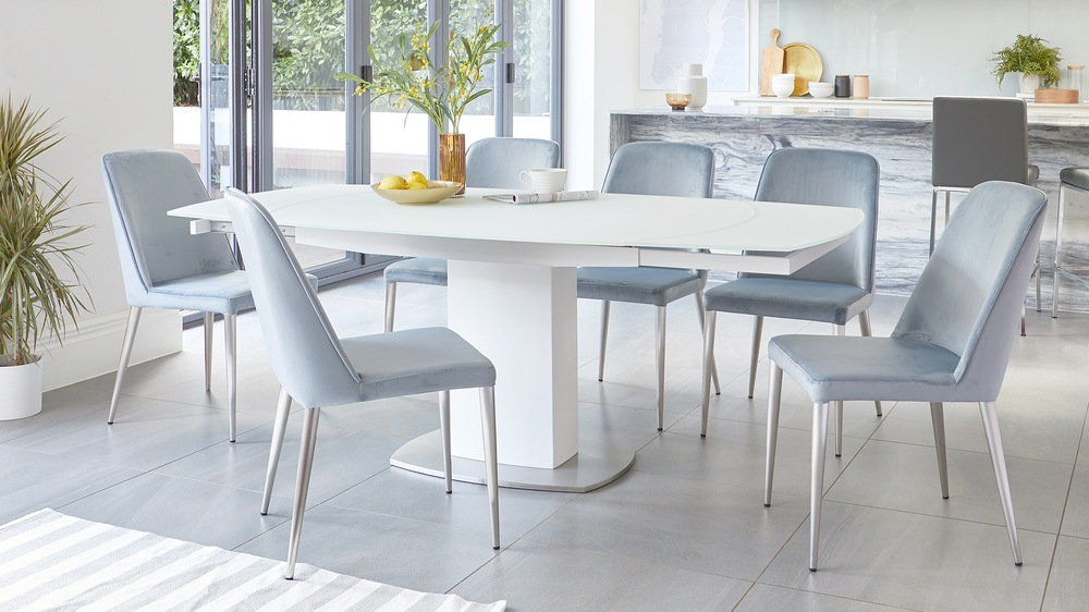 Camillo Extendable Dining Table And Chairs Set Danetti