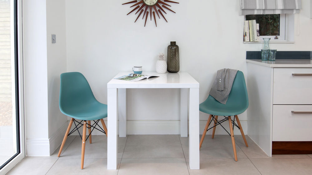 White Table And 4 Chair Set