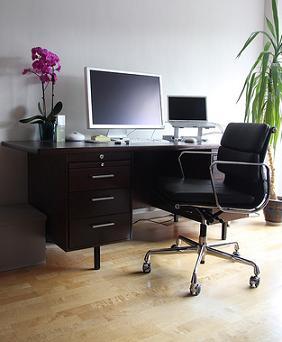 Cules son las caractersticas del escritorio ideal  Muebles  Decora Ilumina