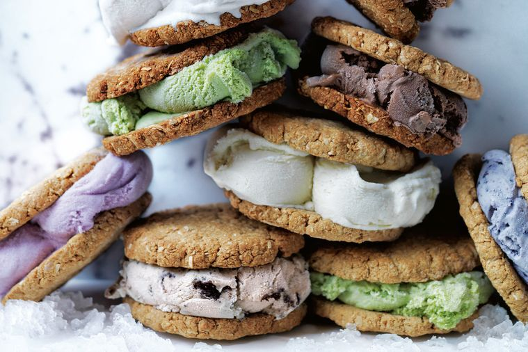Healthy ANZAC ice cream sandwiches