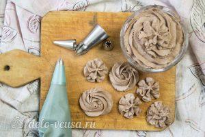 Взбитый шоколадный ганаш готов