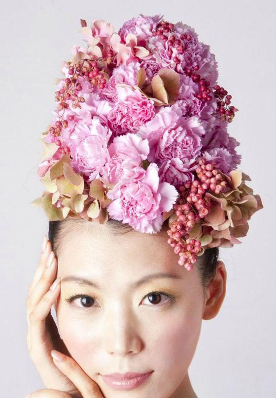 Unusual Hair Dressing Using Fresh Flowers And Vegetables Design Swan