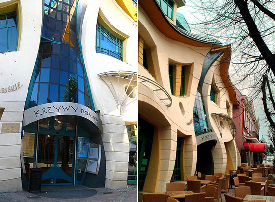 Krzywy Domek MindBlogging Crooked House in Poland