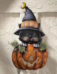 10 Cool Outdoor Halloween Decorations  Design Swan