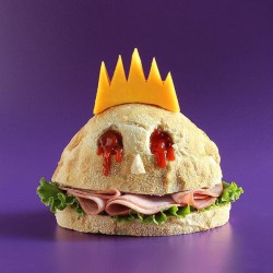 Sandwich Monsters: Perfect Food For Halloween Design Swan