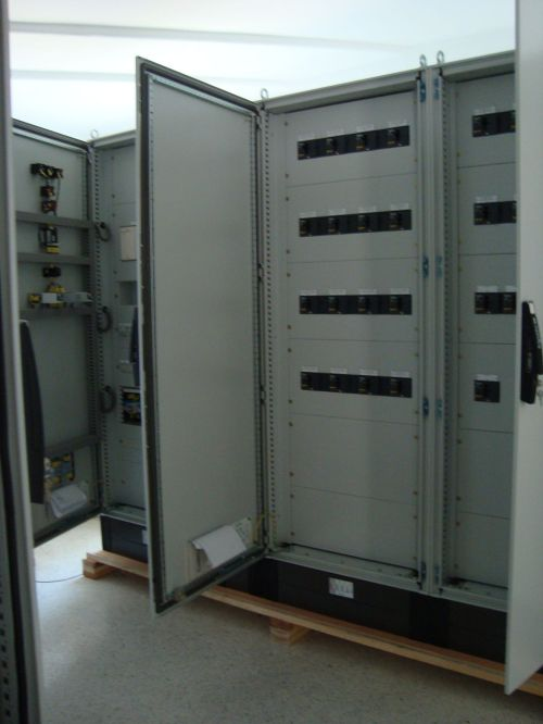 small resolution of equipped fuse box floor mounted metal outdoor