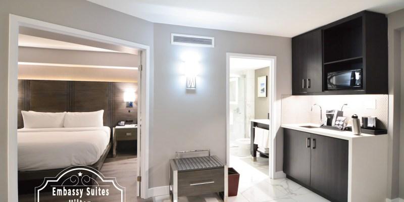 多倫多住宿推薦 |  Embassy Suites by Hilton 3分鐘就到機場,讓你有家的感覺