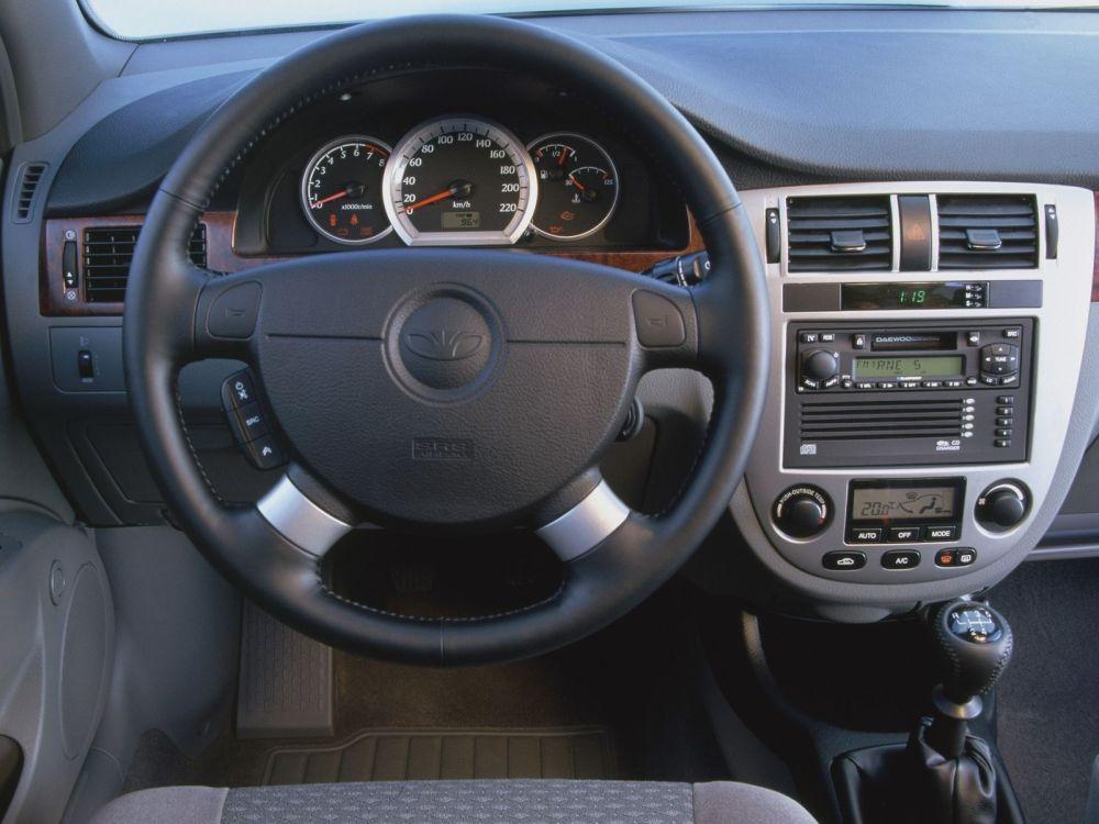 medium resolution of daewoo nubira sedan 4 doors 2003 model interior