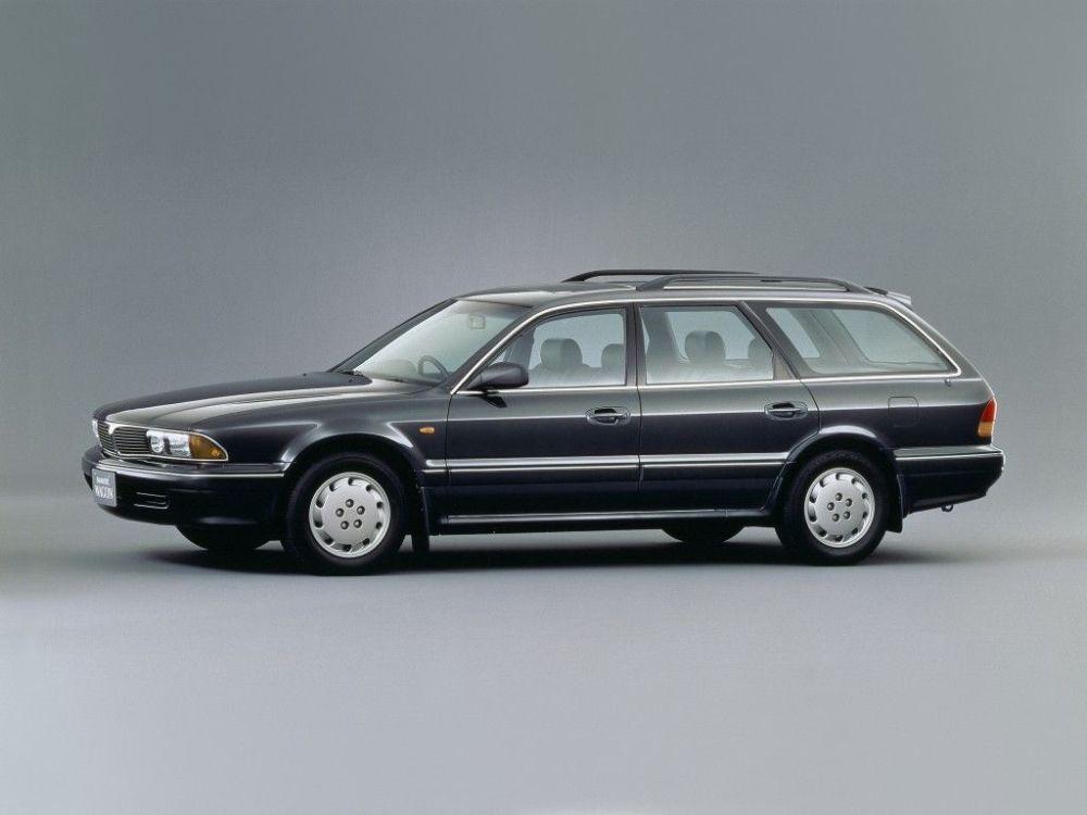 medium resolution of  mitsubishi diamante wagon 5 doors 1992 model exterior
