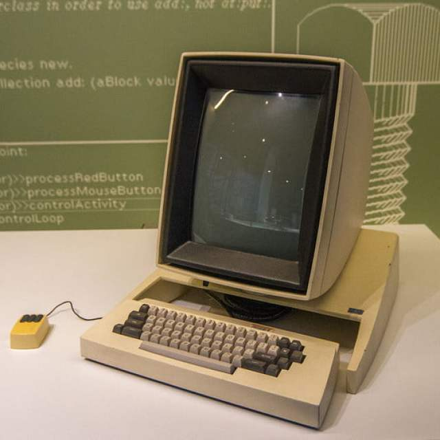 xerox Alto computer and mouse