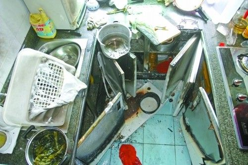 kitchen exhaust fan how to build a island with cabinets 安全使用是关键 高压锅突然爆炸伤人—食品资讯—糖酒快讯