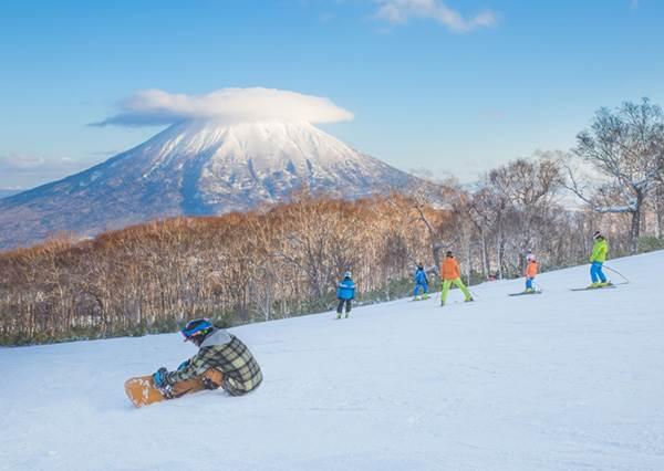 0經驗也沒問題!從2018滑到2019都可以的《日本滑雪一日遊推薦》,就算不會外文講中文也通!|噪咖 EBCbuzz