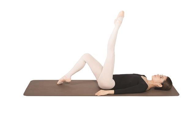 怕變粗所以不敢運動小腿?錯!有點肌肉反而能預防水腫&贅肉。用8個伸展動作訓練剛剛好! 噪咖 EBCbuzz