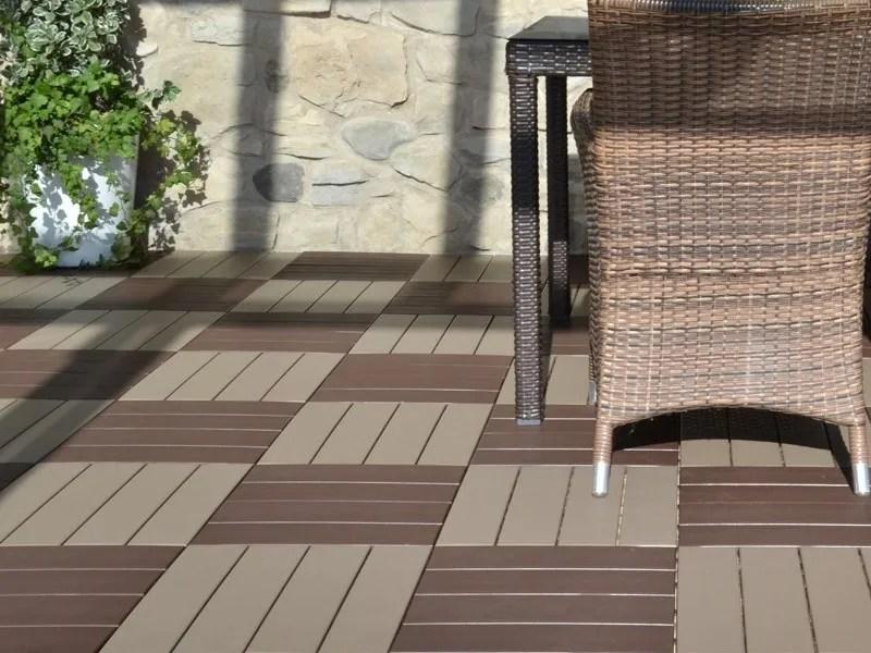 Pavimento per esterni flottante effetto legno EASYPLATE  Pavimento per esterni  Onek