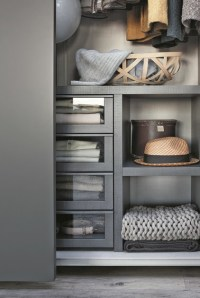 ELLEVI | Wardrobe with coplanar doors - Domus