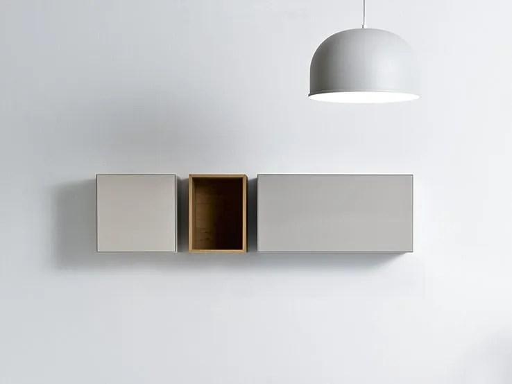 Un armadietto pensile a specchio posizionato sopra al lavabo è il posto giusto per i. Quattro Zero Pensile Bagno By Falper Design Metrica