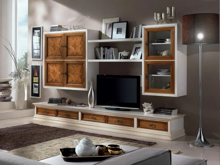Parete attrezzata in legno massello con porta tv