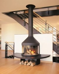 Wall-mounted closed fireplace with panoramic glass ...
