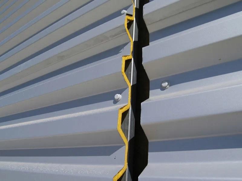 Pannello metallico coibentato per copertura TEK 28  Alubel
