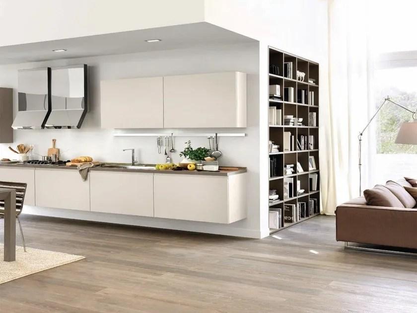 Cucina componibile in legno senza maniglie LINDA  Cucina