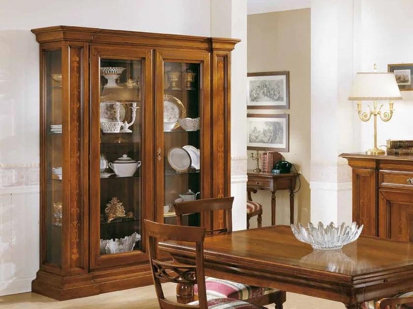 Cabinet Stile