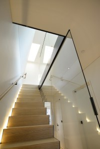 500 Open staircase with lateral stringers by Interbau ...