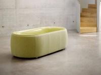 Freistehende Badewanne aus emailliertem Stahl und Stoff