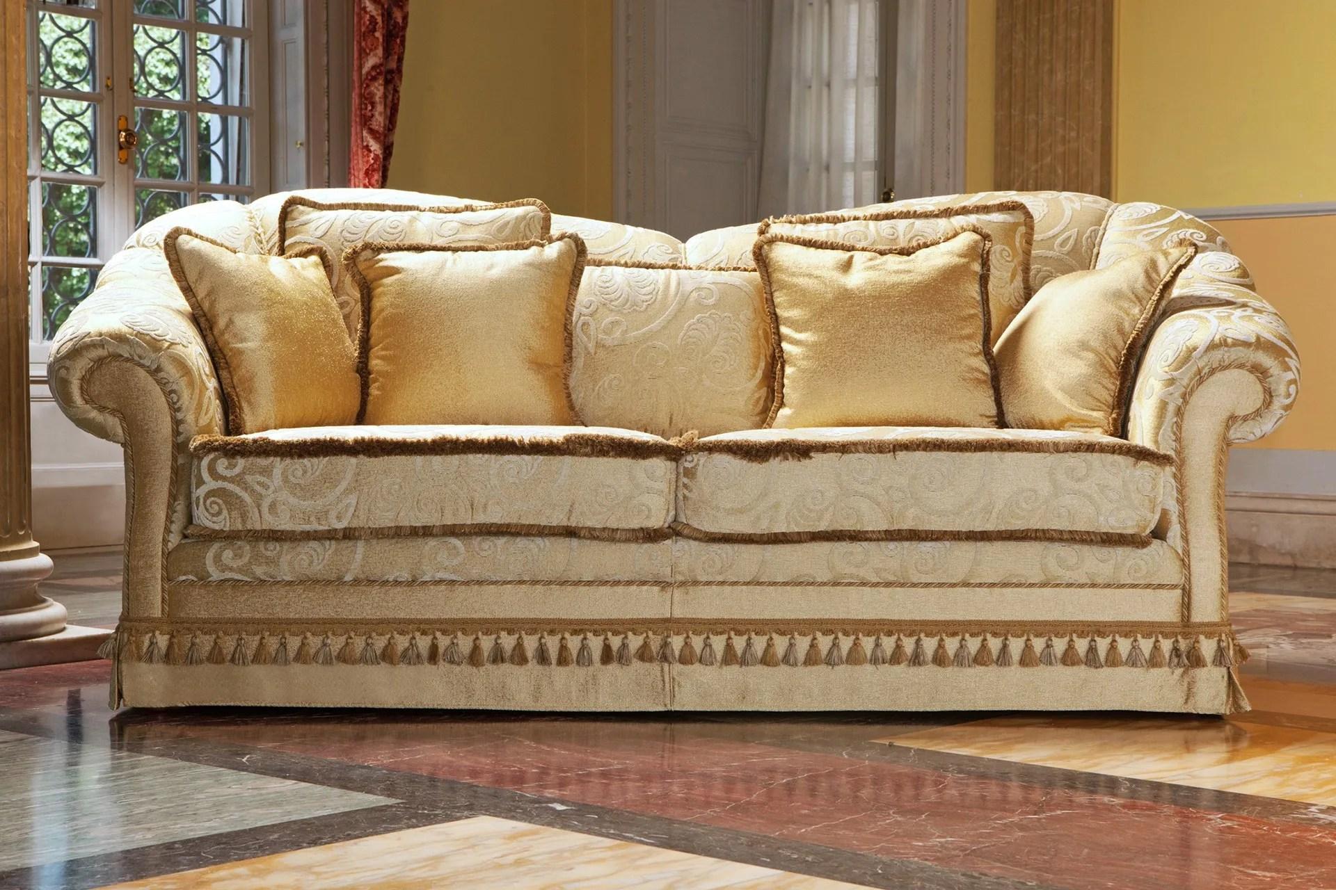classic style sofa how do i make my sleeper more comfortable zeryba divano in stile classico collezione by