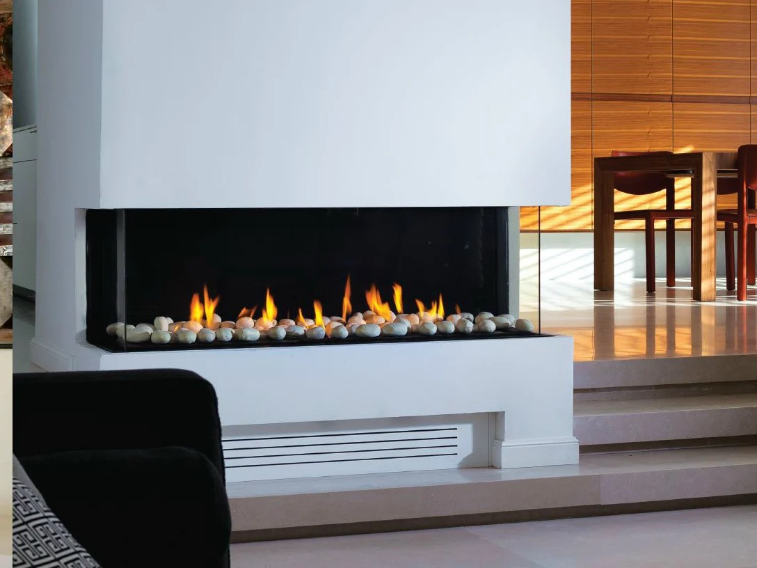 Gas Fireplace With Panoramic Glass Panorama 110 By British