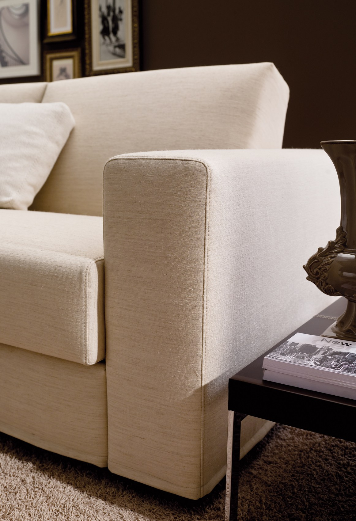 casa italy sofa bed cottage chic slipcovers corner elko by bontempi design erresse studio