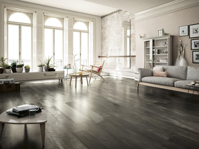 Glazed stoneware flooring with wood effect INEDITO by