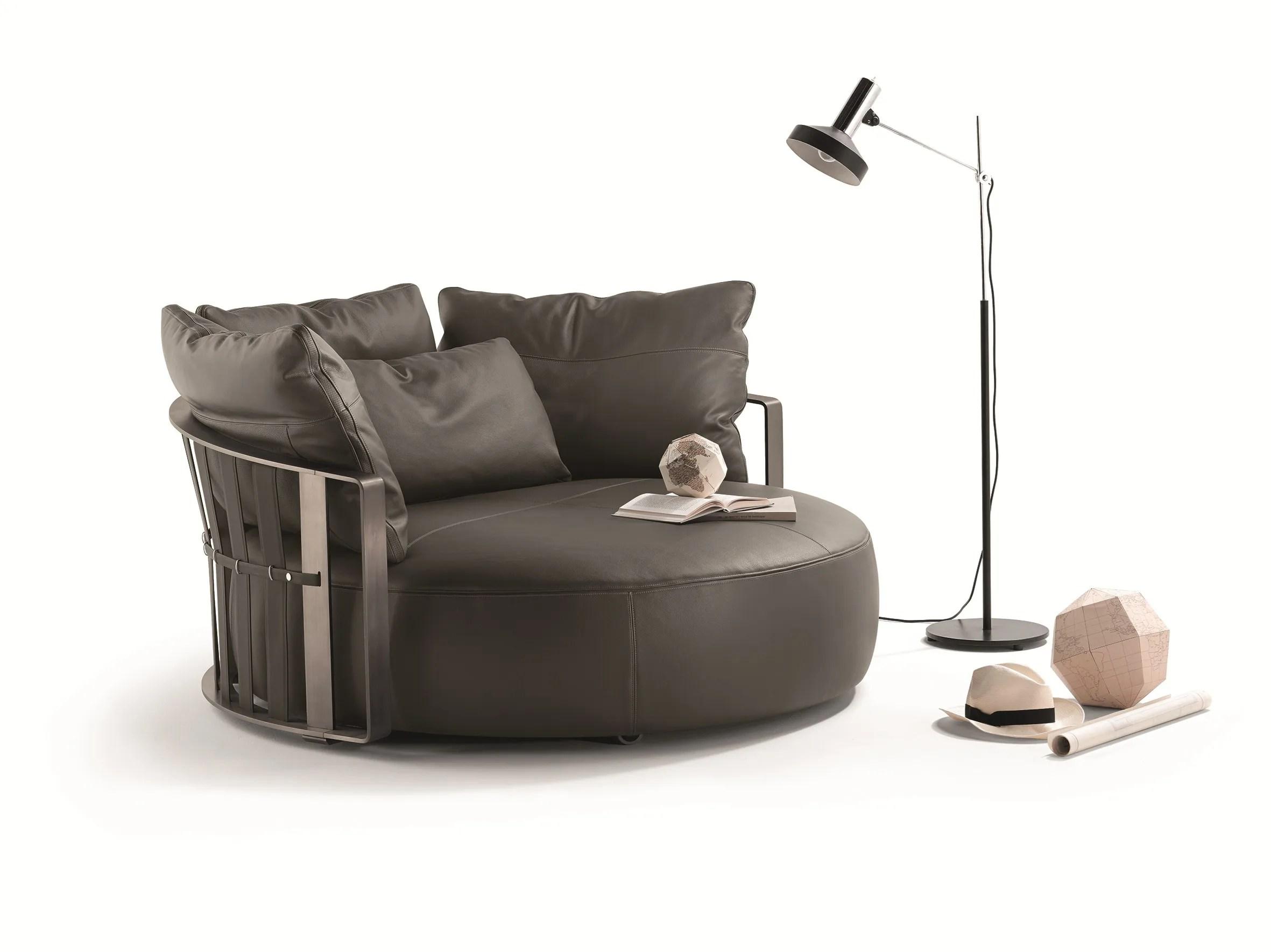 poltrona frau sofa kennedee sleeper brand reviews round scarlett by design jean marie massaud