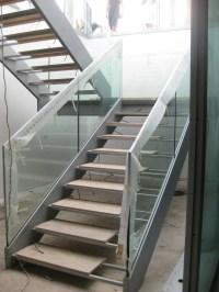Open staircase by QUARTIERI LUIGI