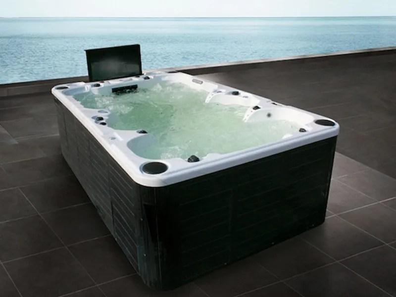 BL851 Hot tub 9seats by Beauty Luxury