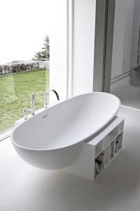 Freistehende ovale Badewanne aus Korakril EGG by Rexa ...