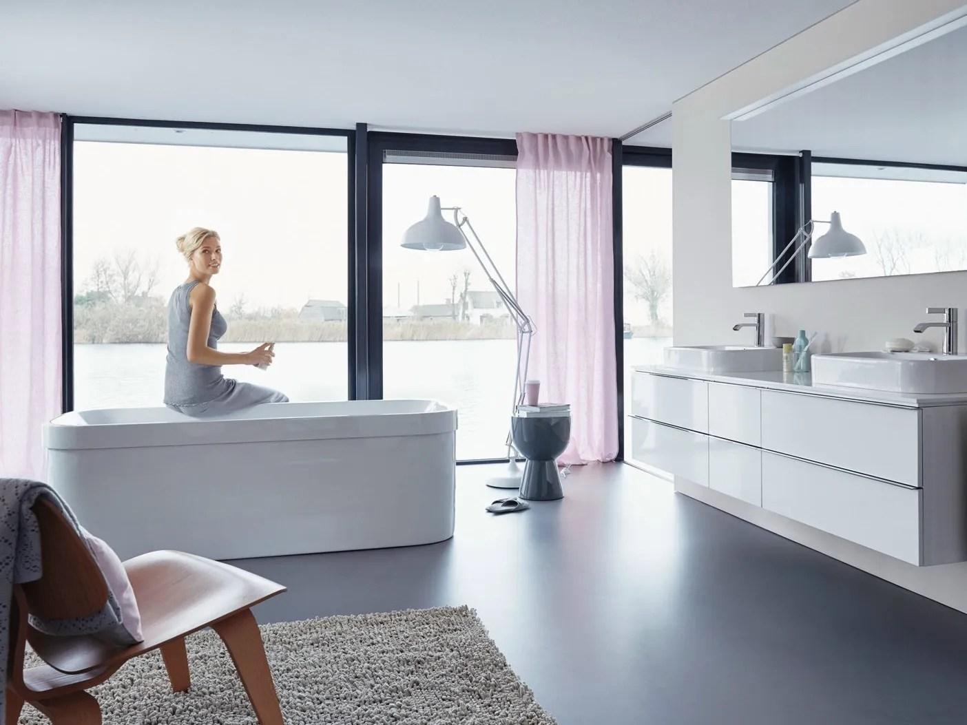 HAPPY D2  Freestanding bathtub By Duravit design Sieger Design