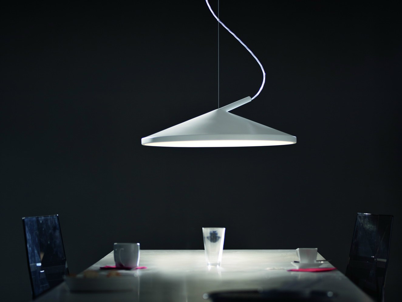 Lmpara colgante con luz directaindirecta CONE By