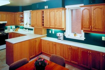 The Best Paint Colors to Go With Cherry Wood Furniture  eHow