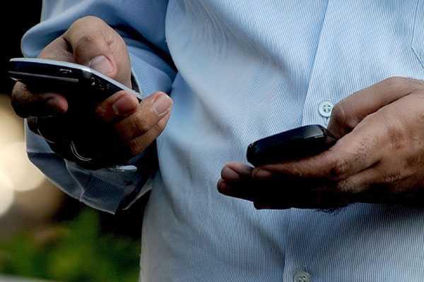 Chile está entre las naciones emergentes con mayor uso de internet y telefonía móvil