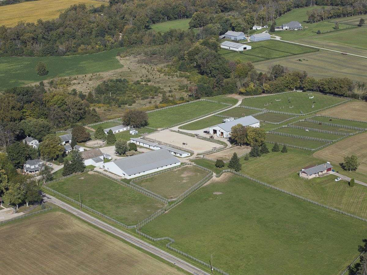 Trails End Equestrian Center On Equinenow
