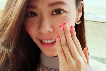 指彩|2016夏日繽紛新色 UNT指甲彩-永遠存在的少女心 西瓜紅VS草莓牛奶粉