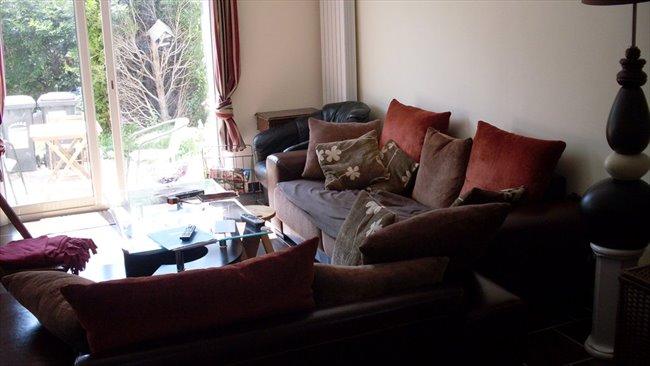 Colocation  SucyenBrie  chambre dans maison calme ideal pour etudiant  Appartager