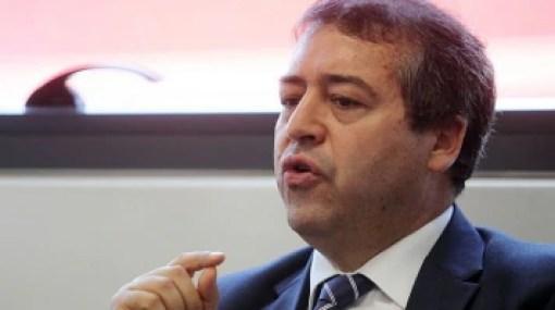 Ministro do Trabalho é acusado de 'golpista' por sindicatos