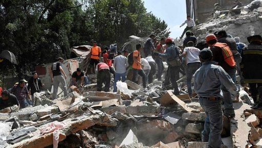 Prédio destruído após terremoto na Cidade do México - Foto: Omar Torres/AFP