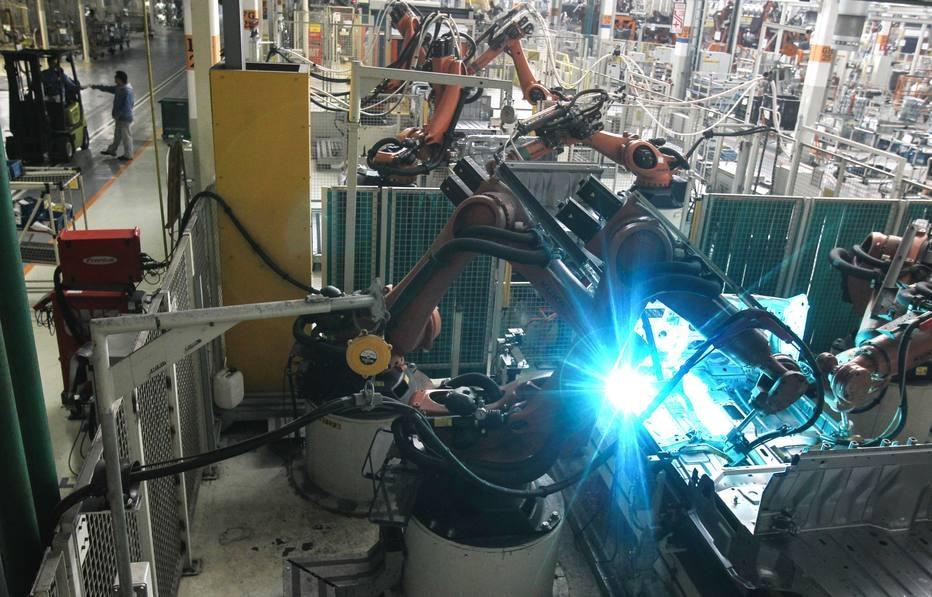 automação/ robôs/VW