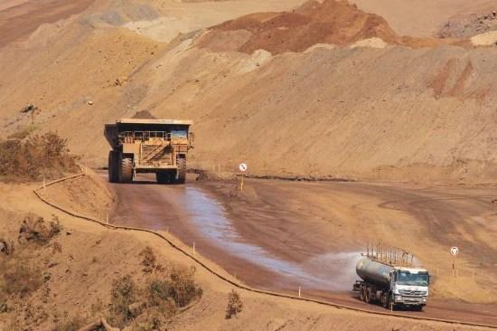 Mesmo com produção recorde, mineradora teve prejuízo em 2015