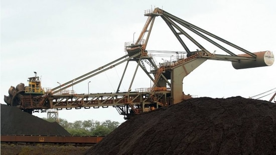Queda no preço das commodities, como o minério de ferro, prejudicou resultados da empresa