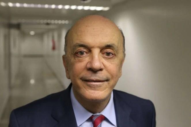 O senador paulista José Serra é cotado para ocupar ministério em eventual governo Temer