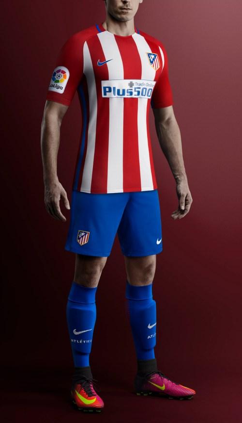 Así son la camiseta titular y suplente del Atleti 16-17 1414efe5b36