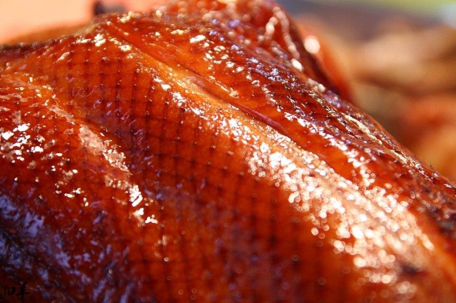 雲林 虎尾黃昏市場內,肥嫩激香誘人烤鴨x鮮嫩至極鹿野烤雞 雲林縣虎尾鎮 鴨味香脆皮烤鴨